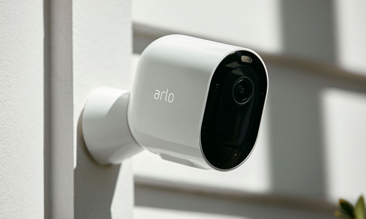 Arlo Pro 3 Camera with buil
