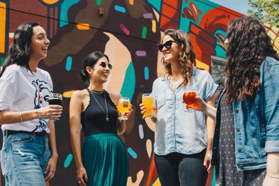 summer party venues outdoor drinking women