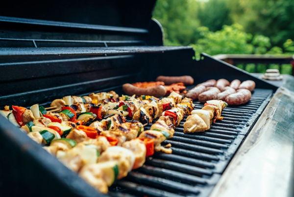 outdoor bbq meat chicken skewers