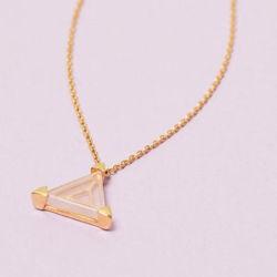 Dreieckige Bergkristall Edelsteinkette Dreieck